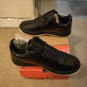 100% authentic 86dd7 f2638 Nike Shoes - Nike Air Force 1 Low Supreme Seamless Edition